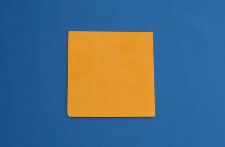 オレンジ色ジルコニアセラミック
