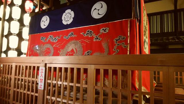 放熱性セラミックN‐9Hが祇園祭の山の飾りに採用されました1